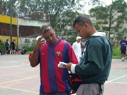 Douglas Canonico y el arbitro