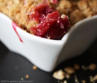 Fresh Cherry Crisp | My Baking Addiction