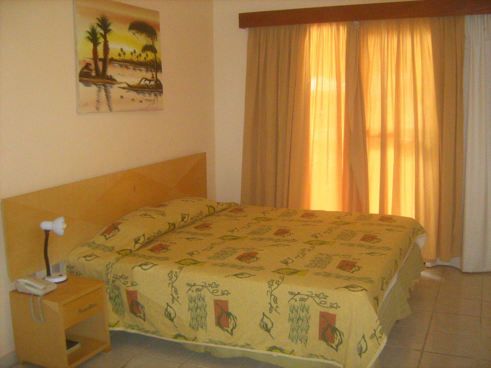 #C68E05 VIAJANTE ESPECIAL: Pousada Areia de Ouro Natal RN 1600x1200 px piso banheiro idoso