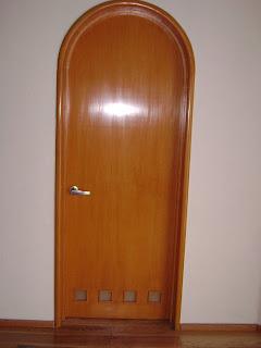 San patricio puerta de recamara for Precio de puertas de madera para recamara