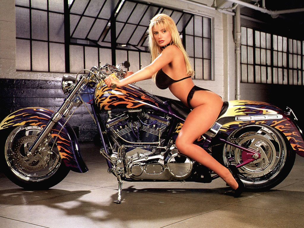 harleys and naked babes