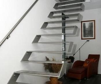 Arquitectura de casas escaleras de interiores for Escaleras metalicas para interiores de casas