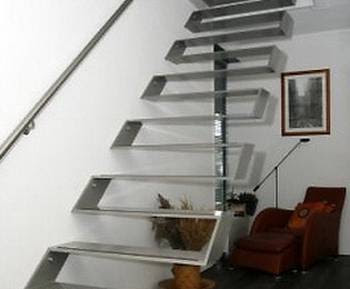 Arquitectura de casas escaleras de interiores for Como trazar una escalera de metal