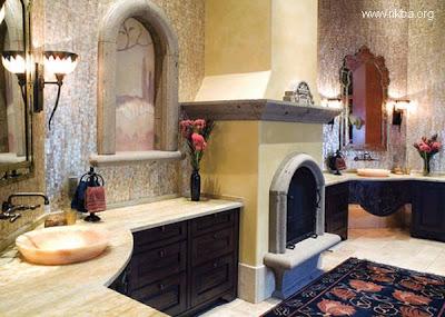Baño con chimenea