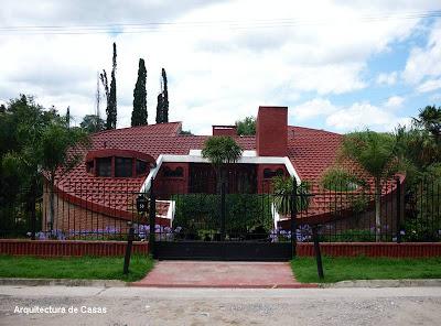 Casa redonda cilíndrica