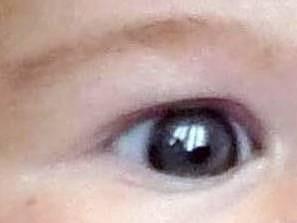 Ventana reflejada en un ojo