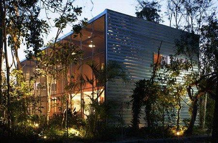 Residencia RR casa tropical prefabricada en Brasil
