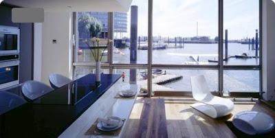 Casa flotante desde el interior