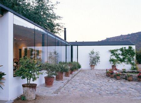 Casa de campo reformada en un valle de Chile