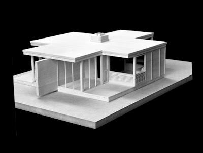 Maqueta de cabaña de madera diseño Bauhaus