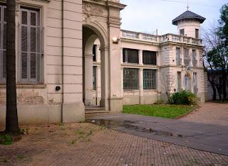 Escuela donde fue la casa de Devoto