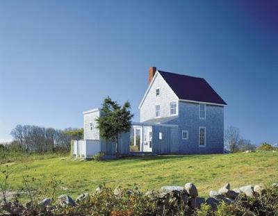 Cabaña Modernista americana sobre colina
