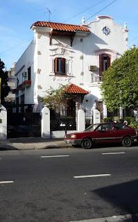 Fachada estilo colonial español