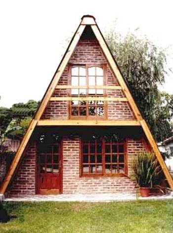 Arquitectura de casas caba a alpina prefabricada peque a for Casas de madera baratas pequenas