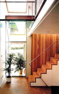Escalera + madera