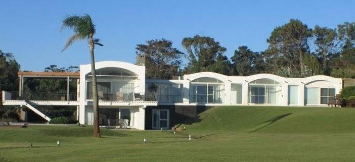 Arquitectura de casas casa berlingieri techos abovedados for Casa de diseno henry beltran