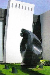 Escultura en jardin