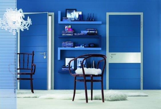 Puertas interiores modernas italianas de color azul