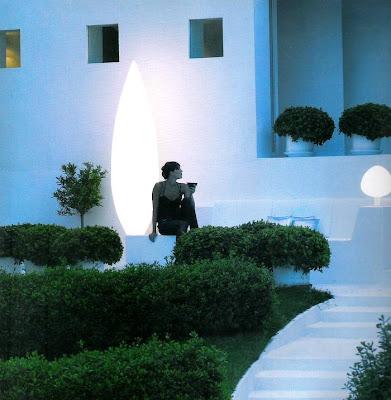 Arquitectura de casas luces para el jard n for Luces jardin