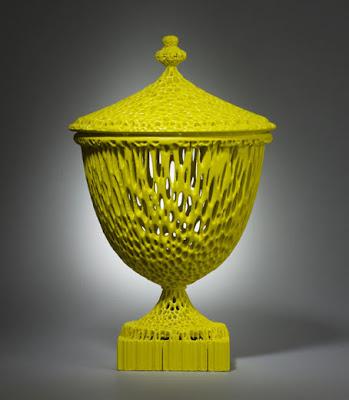 Pieza amarilla de porcelana inglesa