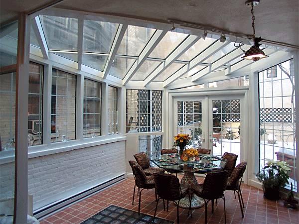 Arquitectura de casas techos transparentes y ambientes for Fotos de techos para patios