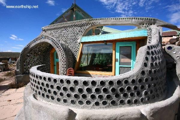 Arquitectura de Casas: Casa ecológica de desechos con arquitectura
