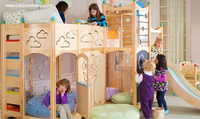 Mueble infantil de madera de cedro