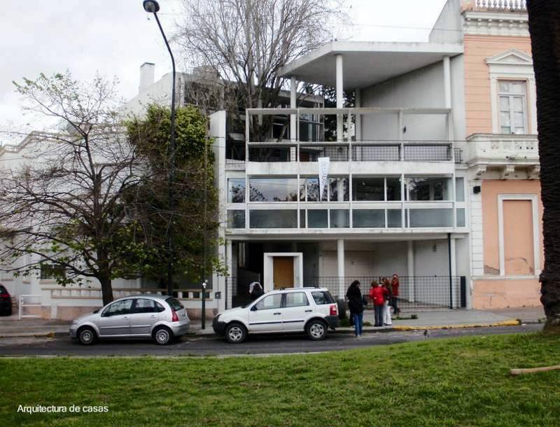 Arquitectura de casas una casa moderna de le corbusier en - Casas de le corbusier ...