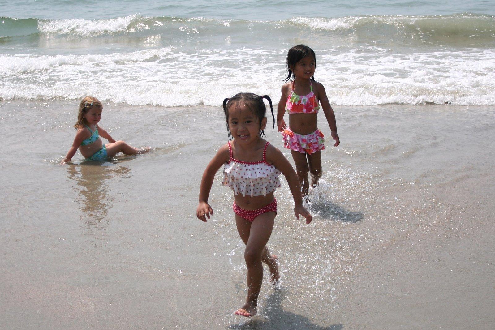 [Beach2007+052.JPG]