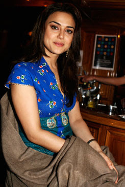 Preity Zinta Cool Images