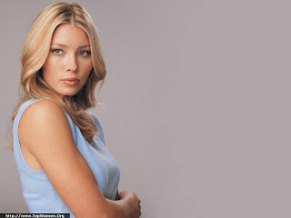 Jessica Biel Cute Wallpaper