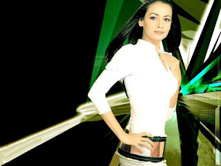 Super Model Diya Mirza Sexy Wallpaper