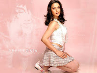 preity_zinta_cute_wallpaper