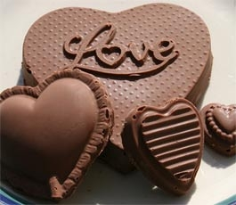 chocolate day, happy chocolate day sms, happy chocolate day scraps