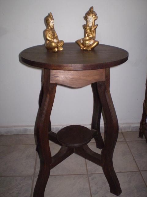 mesa jardim carrefour: pode ser utilizada tanto como mesa de canto quanto como mesa de centro