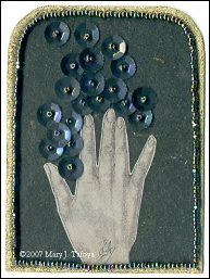 sequins, artist trading card, mano, hand