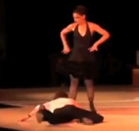 sexy for girls: Katie Holmes puts on a flirty dance ...