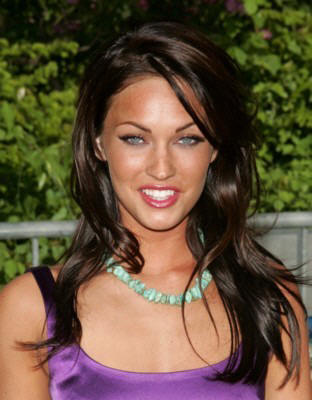 Labels: Megan Fox Latest Hairstyle