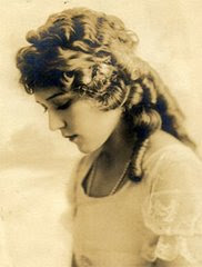 Canadian Actress - MARY PICKFORD
