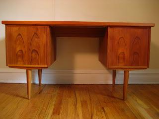 Flatout design scandinavian desk for Swedish design desk