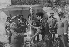 Recebendo a Bandeira , agosto 1961