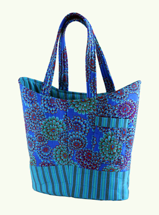 Quilted Knitting Bag Pattern Free : FREEBIES FOR CRAFTERS: Quilted Tote Bag