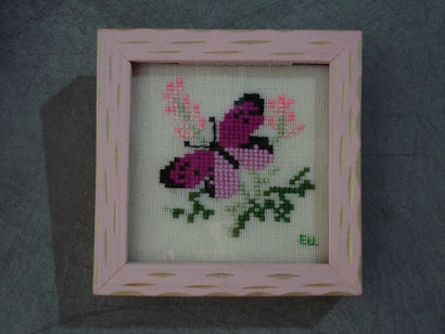 la mariposita rosa