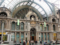 Stasiun Kereta Api Terbaik Dari Seluruh Dunia [ www.BlogApaAja.com ]