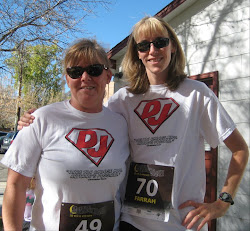 Farah & Laura running and sporting Super DJ shirts