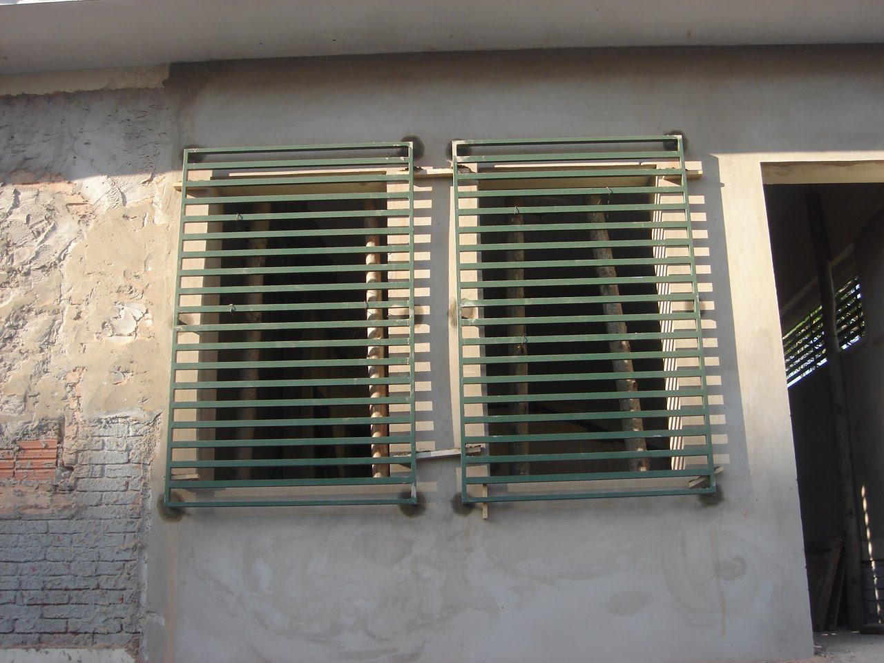 #936D38 janelas da obra já estão fechadas. Na quarta vamos aterrar a sala  1806 Janela De Aluminio Para Sala Com Grade