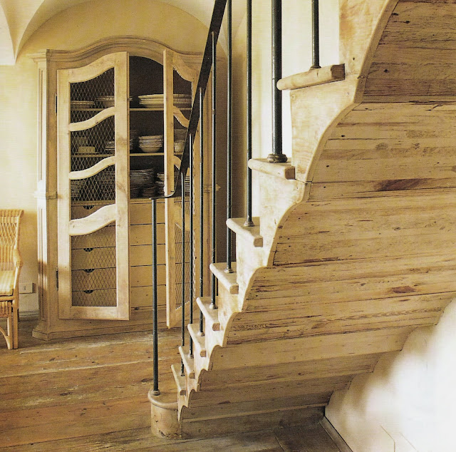 Woodwork via Cote Sud Magazine, edited by lb for linenandlavender.net