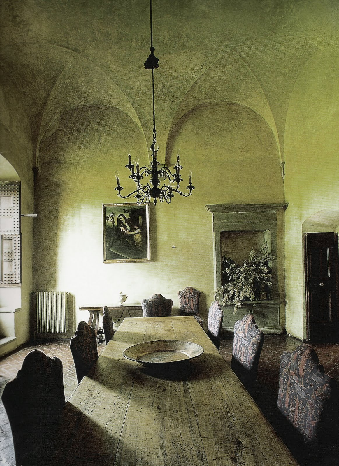 Design daily tuscany interiors for Tuscan interior designs