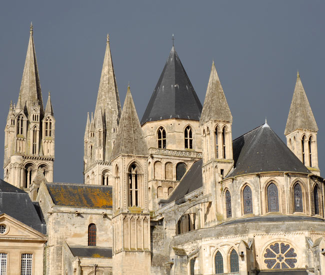 The Norman-Romanesque Bayeux Cathedral courtesy of La Maison du Bailli edited by lb for linenandlavender.net