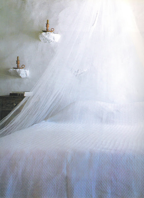 The Peaceful Home, white plaster bedroom, bedding, netting edited by lb for linenandlavender.net